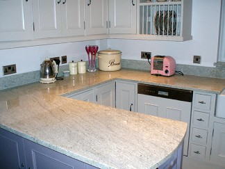 Piani cucina e top bagno gianluca mediani - Top cucina in granito ...